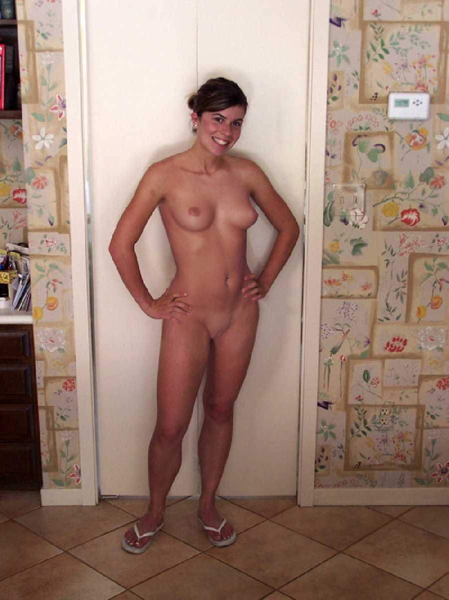 Home taken pics naked girls rather have